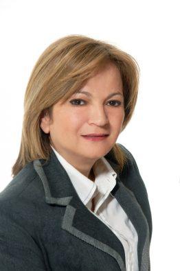 Ντίνα Μπακόλα